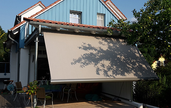 Terrassenmarkise-taupe-Seeckts-Goettingen
