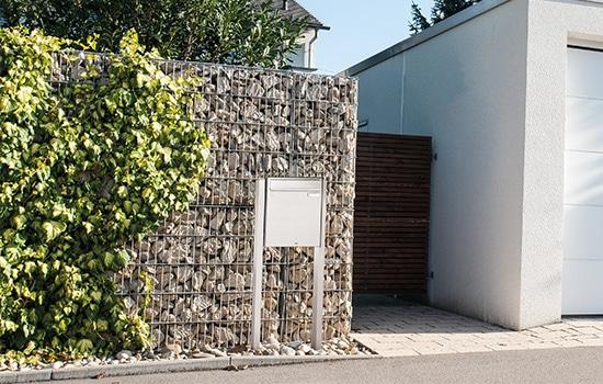 Briefkasten-Montage von Seeckts Bauelemente in Göttingen